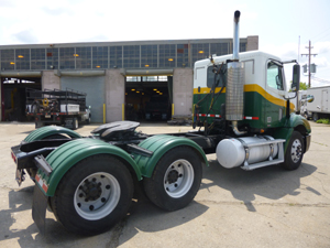 FREIGHTLINER CL112       CONVENTIONAL TRACTOR